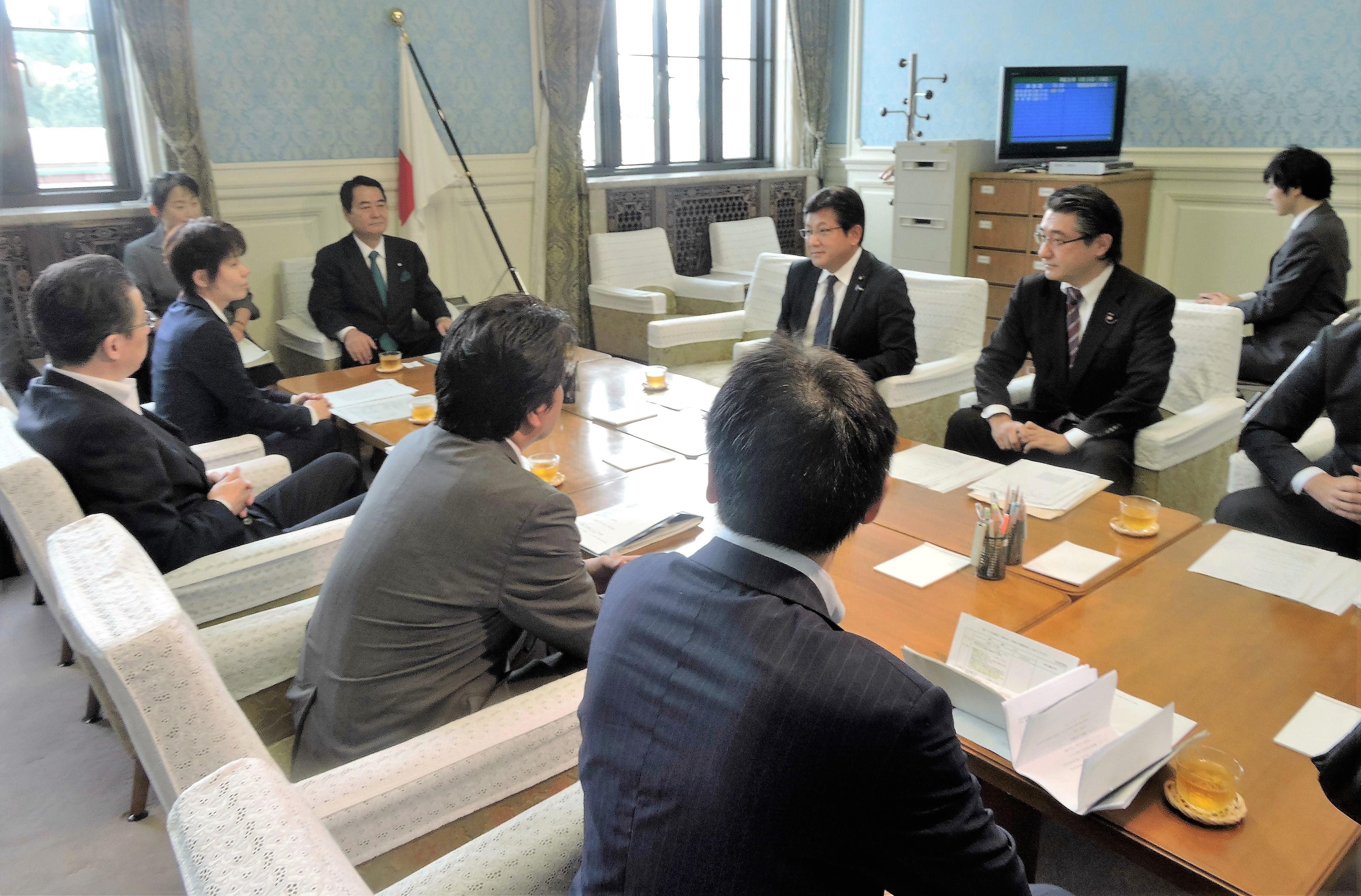 議院運営委員会理事として初めての本会議